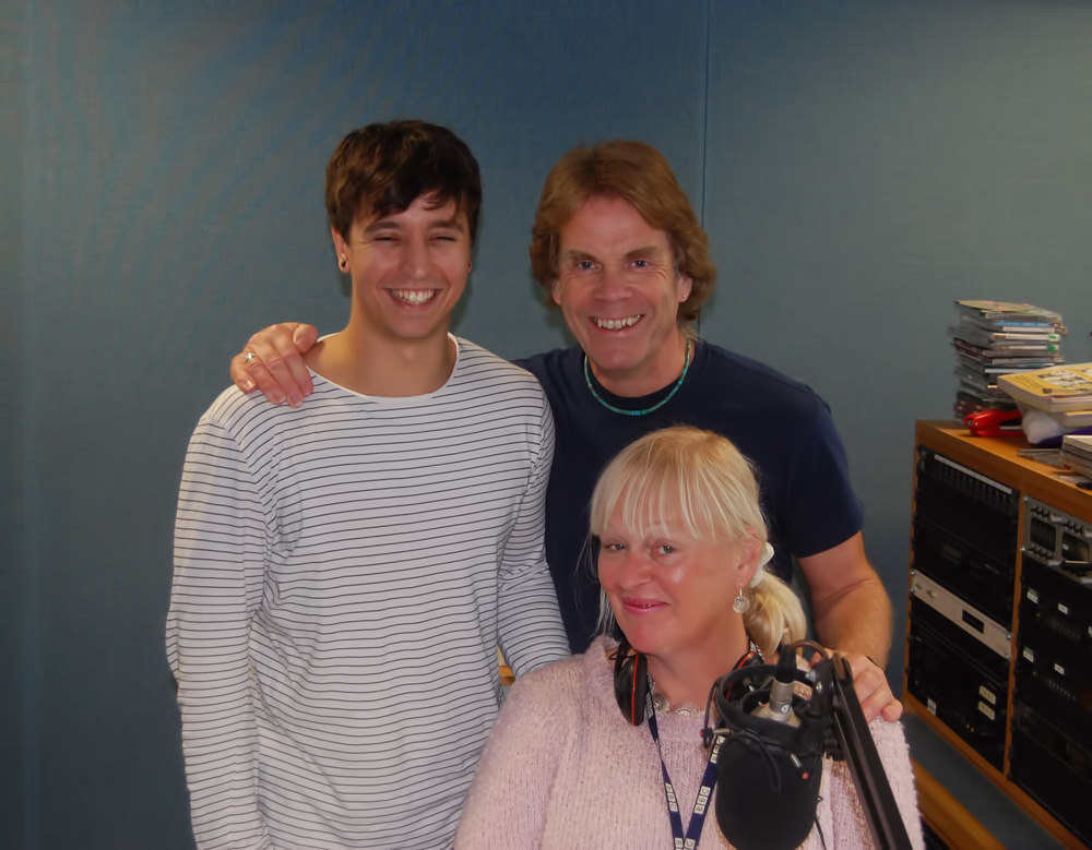 BBC Radio Guernsey 27th October 2015 (Rick with Ollie Guillou and Jenny Kendal-Tobias)